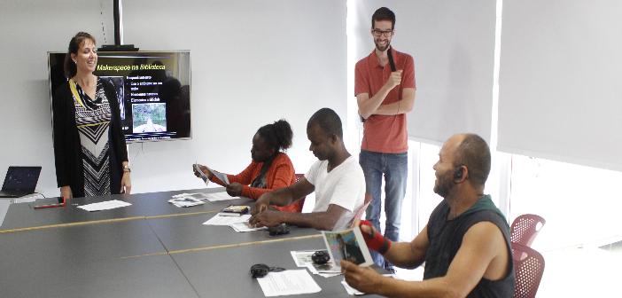 foto mostrando a oficina para criar makers com a especialista americana leslie preddy