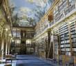Biblioteca Klementinum do monastério Strahov, em Praga, na República Tcheca.